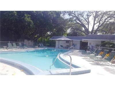 Bonita Springs Condo/Townhouse For Sale: 10725 Wilson St #15