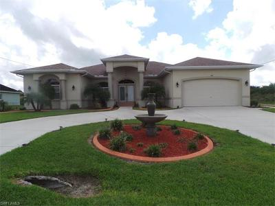 Lehigh Acres Single Family Home For Sale: 500 Desoto Ave