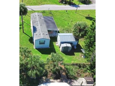 Mobile/Manufactured For Sale: 1123 Dolphin Ln