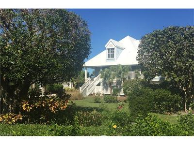 Sanibel Single Family Home For Sale: 225 Daniel Dr