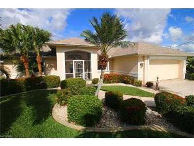 Cape Coral Single Family Home For Sale: 1819 SE 45th St