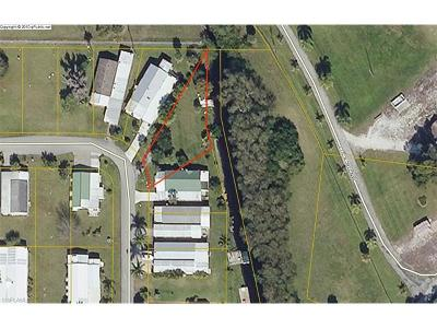 Moore Haven Residential Lots & Land For Sale: 823 Yacht Club Way NW
