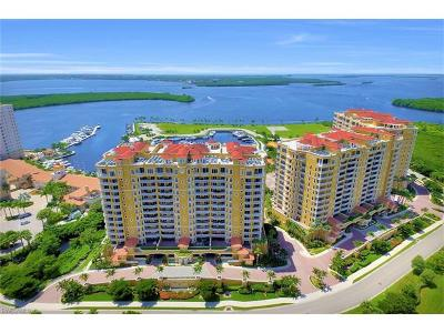 Cape Coral Condo/Townhouse For Sale: 6021 Silver King Blvd #205
