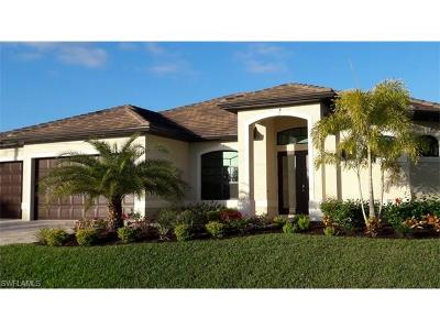 Cape Coral, Matlacha, North Fort Myers Single Family Home For Sale: 4710 SW 24th Pl