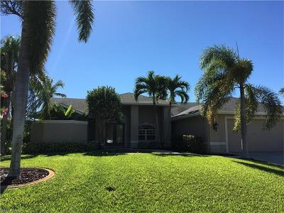 Cape Coral, Matlacha, North Fort Myers Single Family Home For Sale: 2204 SW 47th Ter