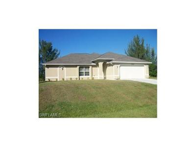 Cape Coral Single Family Home For Sale: 2022 SW 15th Ave