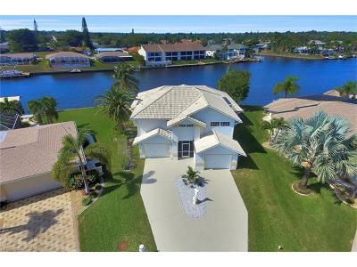 Cape Coral Single Family Home For Sale: 3604 SE 12th Ave
