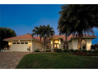Cape Coral, Matlacha, North Fort Myers Single Family Home For Sale: 4901 SW 26th Pl