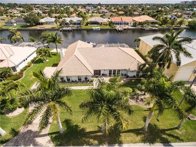 Cape Coral Single Family Home For Sale: 4923 SW 26th Pl