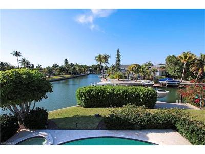 Sanibel Single Family Home For Sale: 984 Oyster Ct