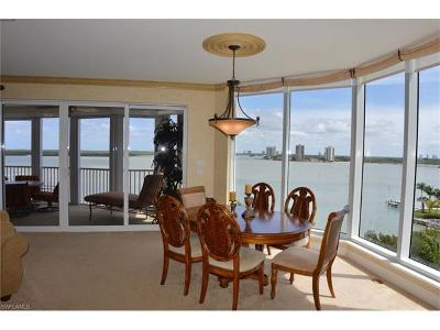 Fort Myers Beach Condo/Townhouse For Sale: 4137 Bay Beach Ln #566