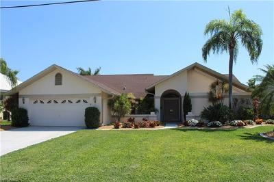 Cape Coral Single Family Home For Sale: 5213 SW 11th Ct