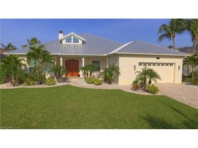 Cape Coral Single Family Home For Sale: 5224 SW 24th Pl