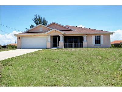 Cape Coral Single Family Home For Sale: 1333 SW 17th Pl