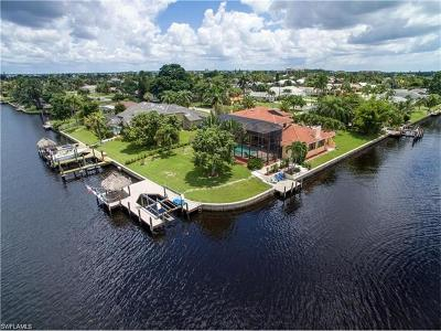 Cape Coral Single Family Home For Sale: 3601 SE 18th Ave
