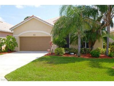 Lehigh Acres Single Family Home For Sale: 2294 Bainmar Dr