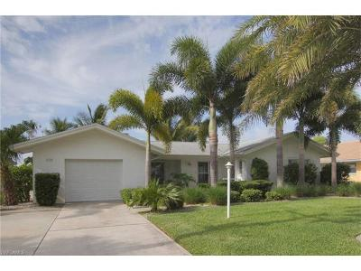 Cape Coral Single Family Home For Sale: 1628 Savona Pky