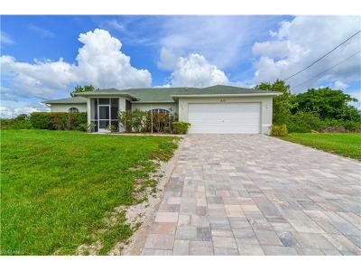 Cape Coral Single Family Home For Sale: 217 NW 26th Pl