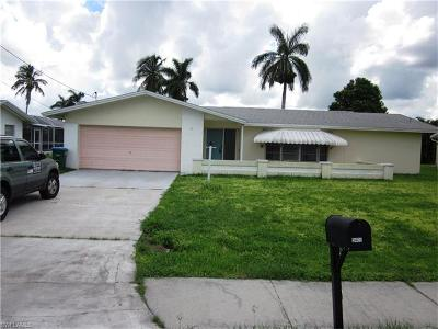 Cape Coral Single Family Home For Sale: 5403 Pelican Blvd