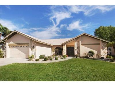 Cape Coral Single Family Home For Sale: 5315 SW 11th Ct