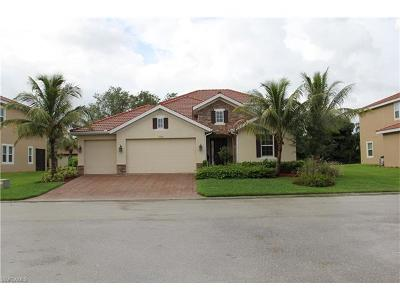 North Fort Myers Single Family Home For Sale: 12606 Blue Banyon Ct