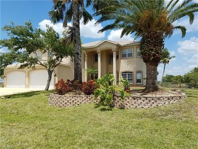 Cape Coral, Matlacha Single Family Home For Sale: 4111 NW 33rd St