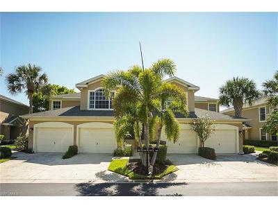 Estero Condo/Townhouse For Sale: 23046 Lone Oak Dr