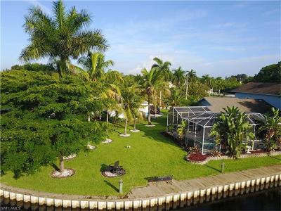 North Fort Myers Single Family Home For Sale: 422 Seaworthy Rd