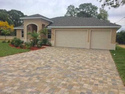 Cape Coral Single Family Home For Sale: 2627 SW 17th Pl