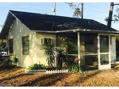Bonita Springs Single Family Home For Sale: 12096 Sunset Strip