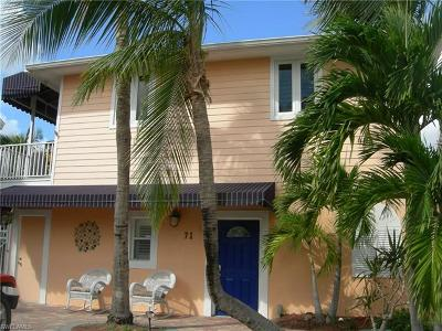 Fort Myers Beach Single Family Home For Sale: 71 Miramar St