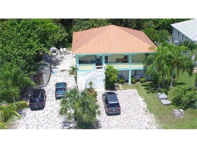 Fort Myers Beach Multi Family Home For Sale: 21194/196 Noddy Tern Dr