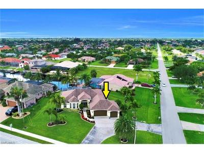 Cape Coral Single Family Home For Sale: 3221 SW 29th Ave