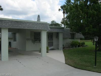 Lehigh Acres Condo/Townhouse For Sale: 396 Leighton Ct