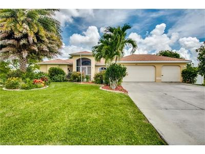 Cape Coral Single Family Home For Sale: 223 NW 5th Ter