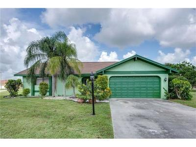 Lehigh Acres Single Family Home For Sale: 214 Eaglesmere Dr