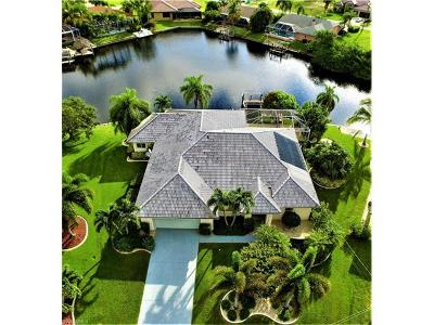Cape Coral Single Family Home For Sale: 1715 SW 45th Ln