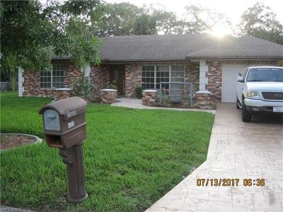 Labelle Single Family Home For Sale: 4068 Rainbow Cir
