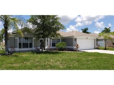 Cape Coral, Matlacha Single Family Home For Sale: 1025 Rose Garden Rd