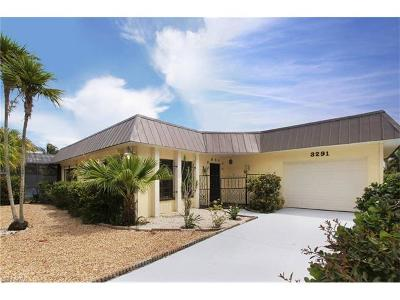 Fort Myers Beach Single Family Home For Sale: 3291 Shell Mound Blvd