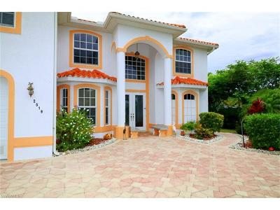 Cape Coral Single Family Home For Sale: 2519 SW 52nd Ter