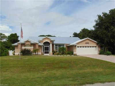 Lehigh Acres Single Family Home For Sale: 421 Prospect Ave