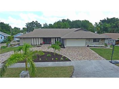 Bonita Springs, Cape Coral, Fort Myers, Fort Myers Beach Single Family Home For Sale: 8312 Riviera Ave