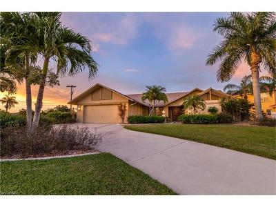 Cape Coral, Matlacha Single Family Home For Sale: 913 SW 51st Ter