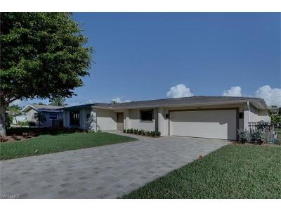 Cape Coral Single Family Home For Sale: 5321 SW 2nd Pl