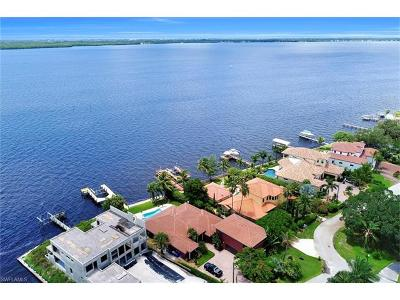 Fort Myers Single Family Home For Sale: 3978 W Riverside Dr