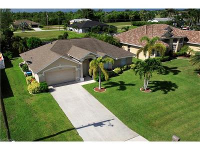 Cape Coral Single Family Home For Sale: 2322 SW 31st Ln