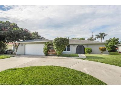 Cape Coral Single Family Home For Sale: 628 SE 35th St