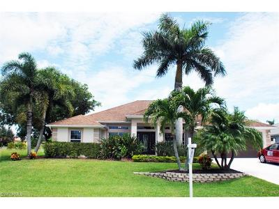 Cape Coral Single Family Home For Sale: 5401 SW 26th Ave