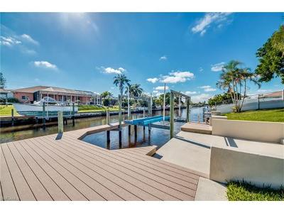 Cape Coral Single Family Home For Sale: 1504 SE 23rd St